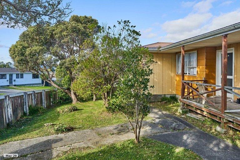 Photo of property in 29 Sombrero View, Ascot Park, Porirua, 5024