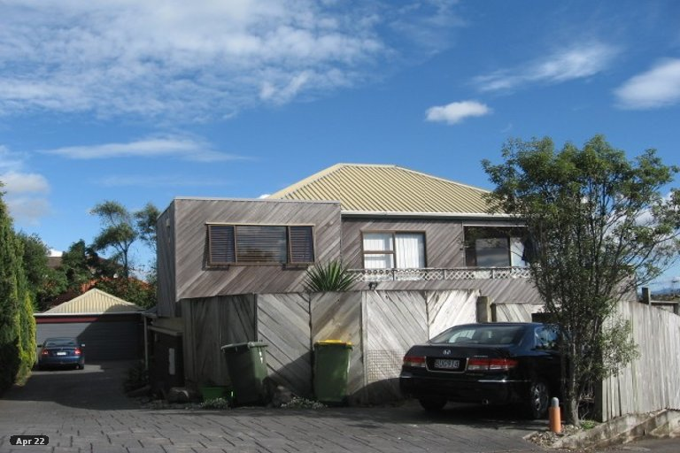 Property photo for 1/15 Pitlochry Place, Highland Park, Auckland, 2010