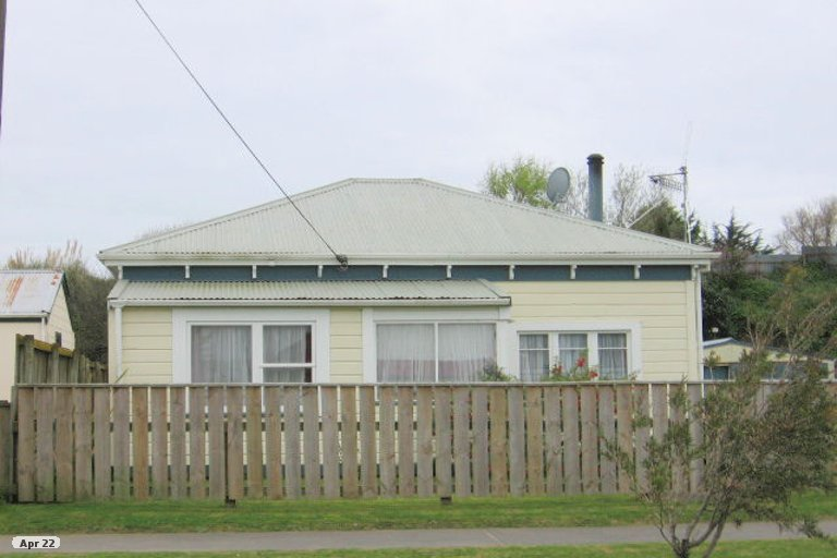 Photo of property in 3 Frances Street, Foxton, 4814
