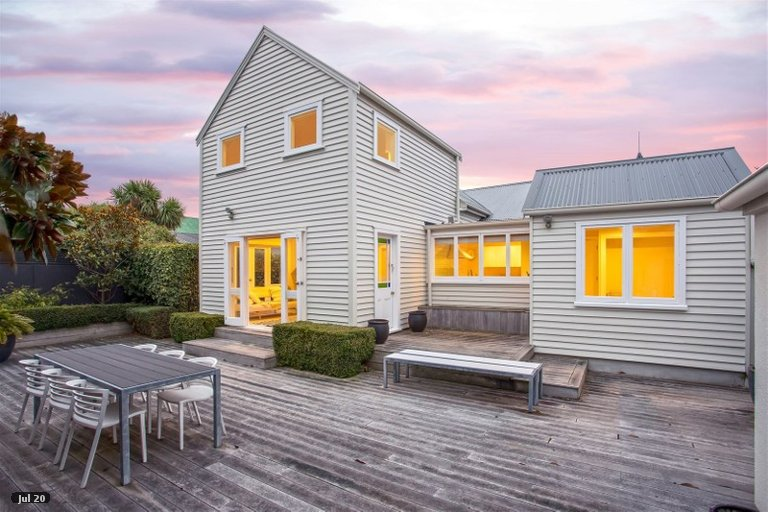 Property photo for 60 Wiggins Street, Sumner, Christchurch, 8081