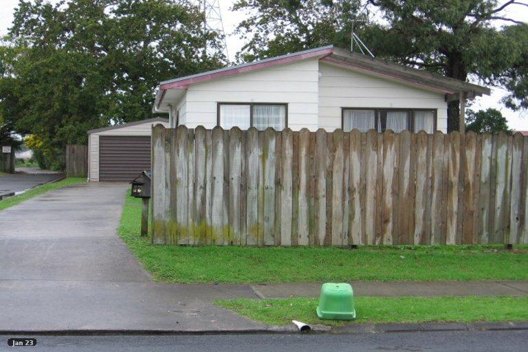 Property photo for 28 Aurea Avenue, Pakuranga, Auckland, 2010
