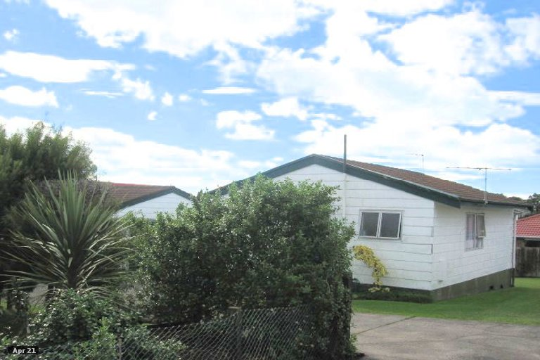 Property photo for 1/15 Kingussie Place, Highland Park, Auckland, 2010