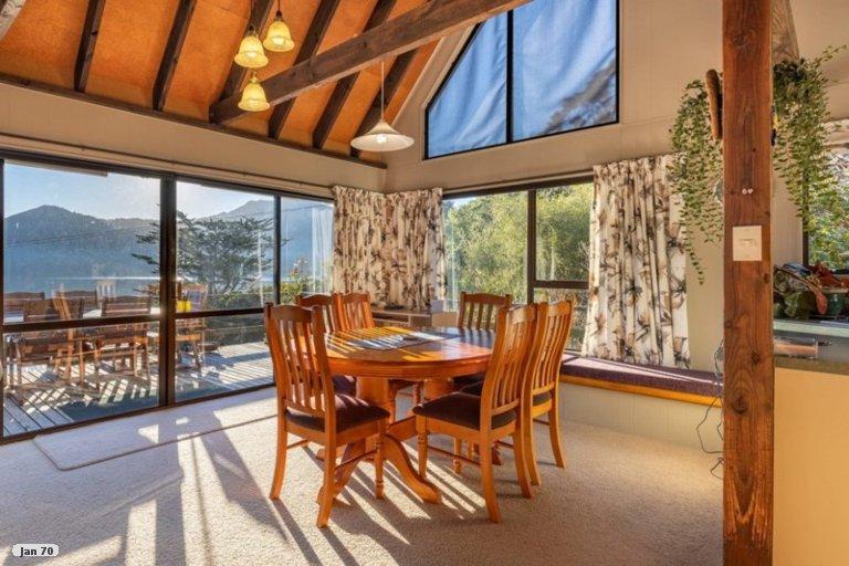 Photo of property in 3904 Kenepuru Road, Black Rock, Picton, 7282