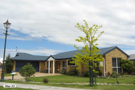 Photo of property in 9 Gerald Beattie Lane Rangiora Waimakariri District
