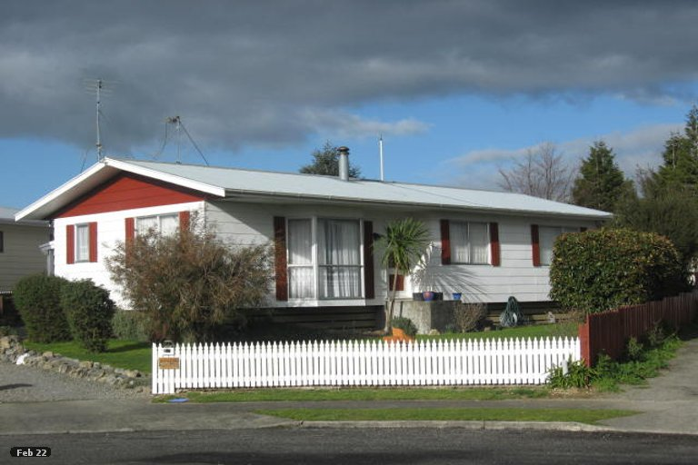 Property photo for 19 Baillie Crescent, Carterton, 5713