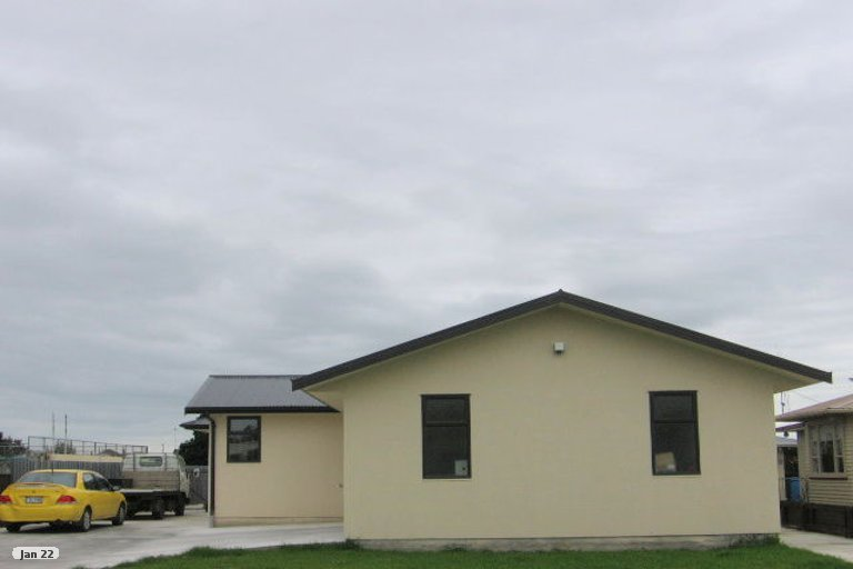 Photo of property in 11 Cook Street, Foxton, 4814