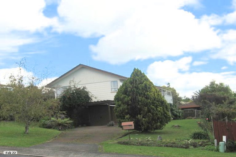 Property photo for 5 Clunie Place, Highland Park, Auckland, 2010
