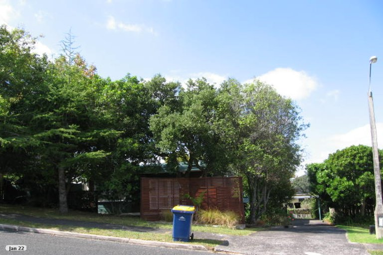 Property photo for 5 Montclair Rise, Browns Bay, Auckland, 0630