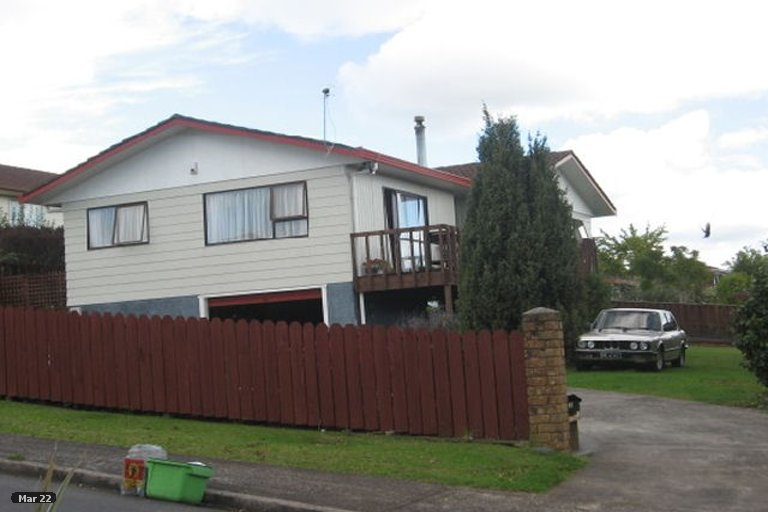 Property photo for 3 Clunie Place, Highland Park, Auckland, 2010