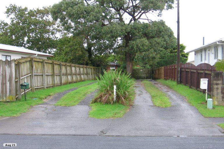 Property photo for 30 Aurea Avenue, Pakuranga, Auckland, 2010