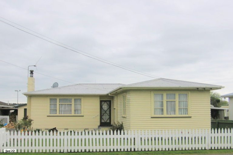Photo of property in 19 Cook Street, Foxton, 4814