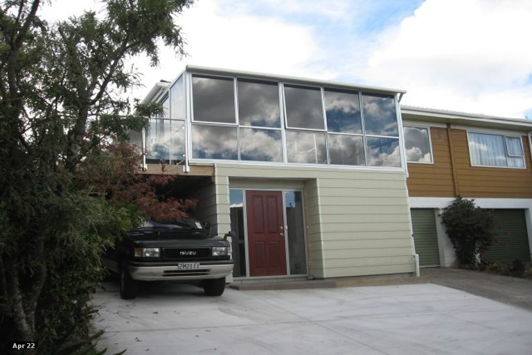 Photo of property in 7B Clunie Place, Highland Park, Auckland, 2010