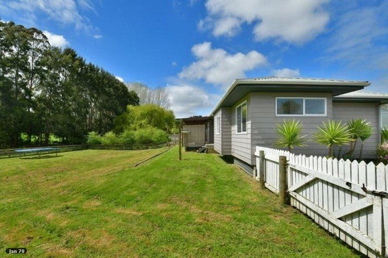 Property photo for 1084 Kaipara Coast Highway, Kaukapakapa, 0873
