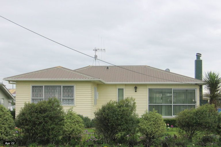 Photo of property in 23 Cook Street, Foxton, 4814