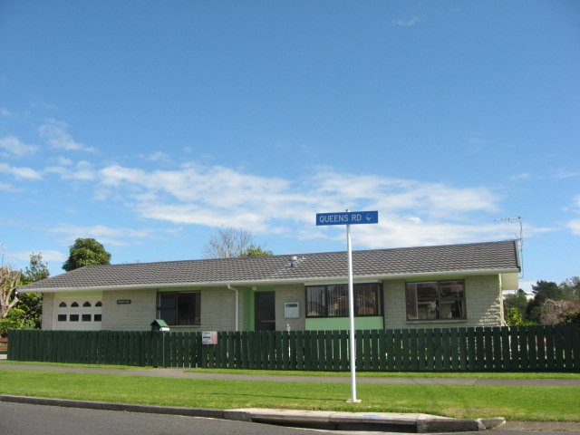 Property Details For 8 Queens Road Glen Avon New Plymouth 4312