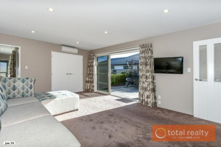 Property photo for 33 Parklea Avenue, Halswell, Christchurch, 8025
