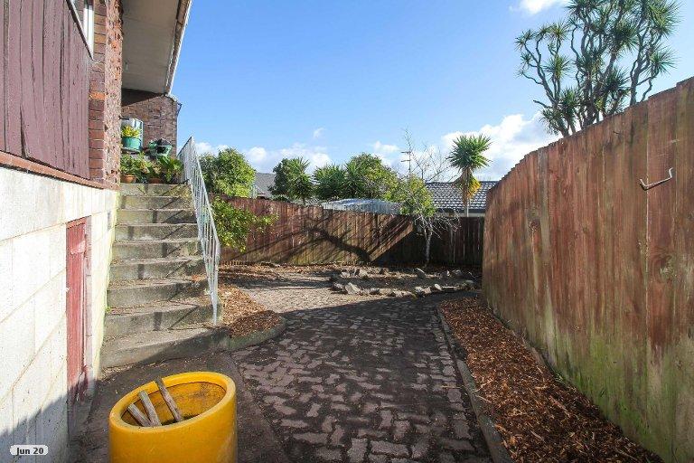 Property photo for 5/38 Kirrie Avenue, Te Atatu South, Auckland, 0610