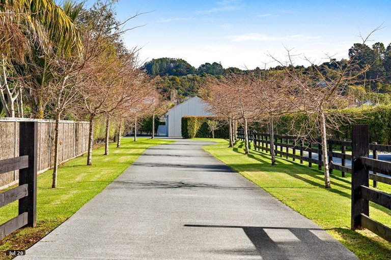 Photo of property in 67 Point Wells Road, Point Wells, 0986