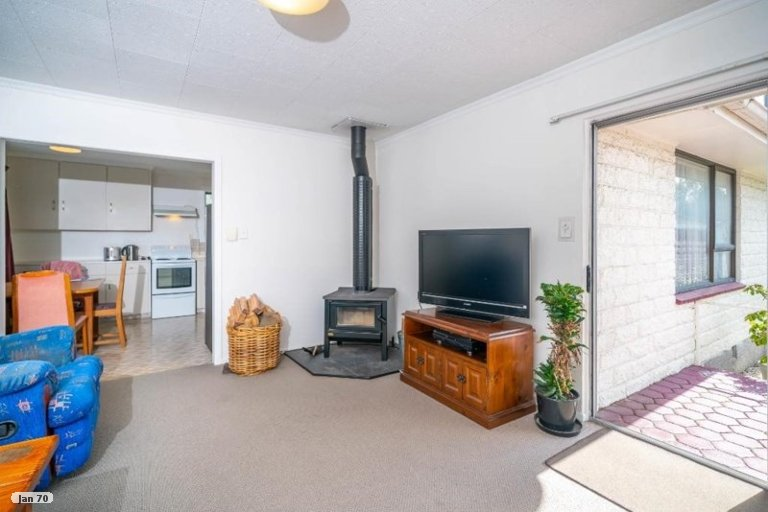 Property photo for 3 Lomond Place, Woolston, Christchurch, 8062