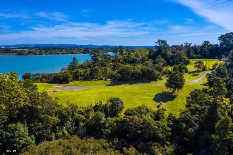 Property photo for 34 Merewhira Road, Paremoremo, Auckland, 0793