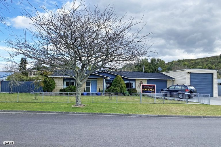 Photo of property in 2 Emme Allan Road, Kawerau, 3127