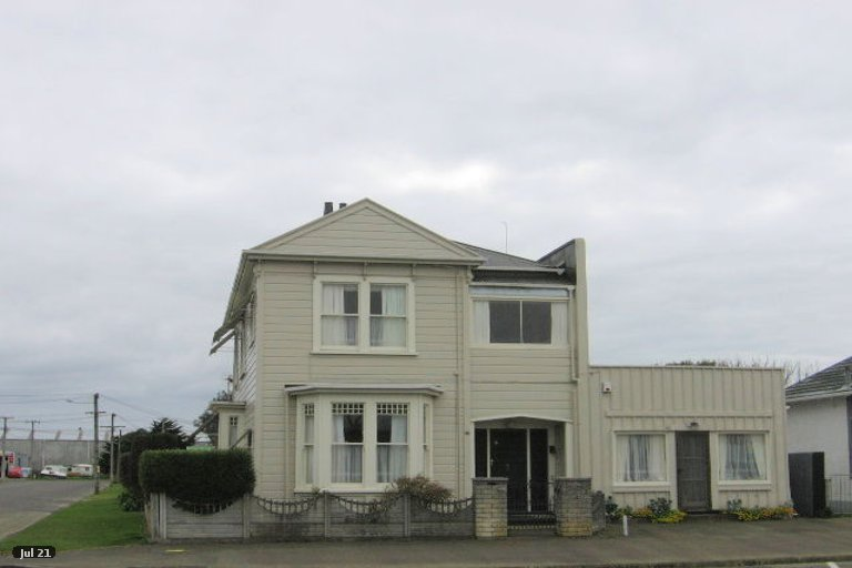 Photo of property in 10 Clyde Street, Foxton, 4814