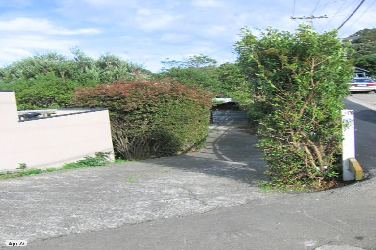 Property photo for 52 Fortification Road, Karaka Bays, Wellington, 6022