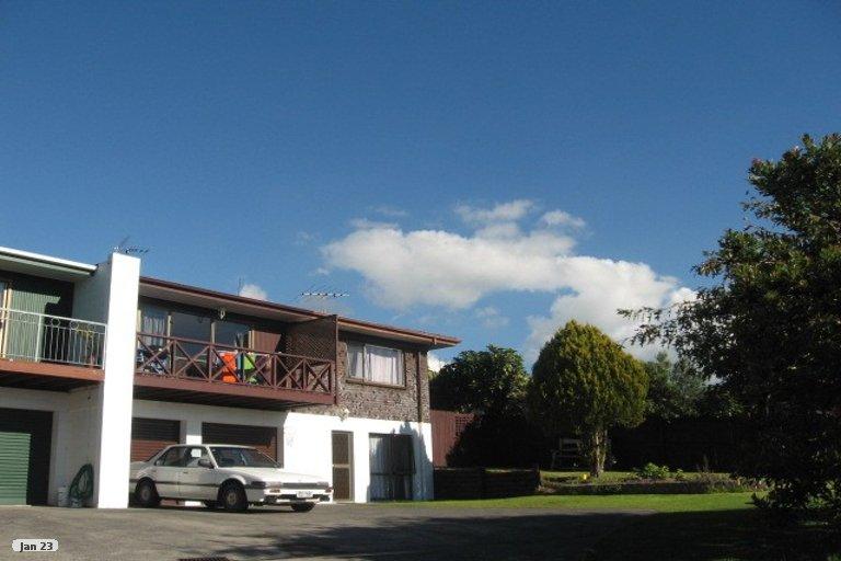 Property photo for 32A Dalwhinnie Parade, Highland Park, Auckland, 2010