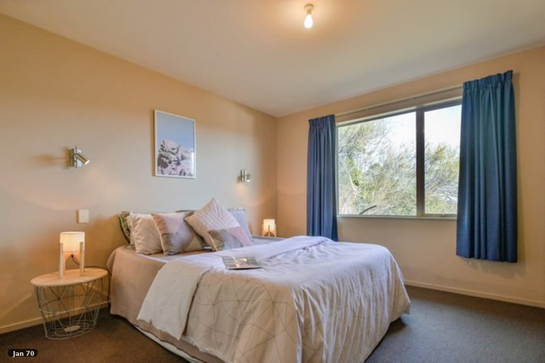 Photo of property in 8 Blampied Place, Nelson South, Nelson, 7010