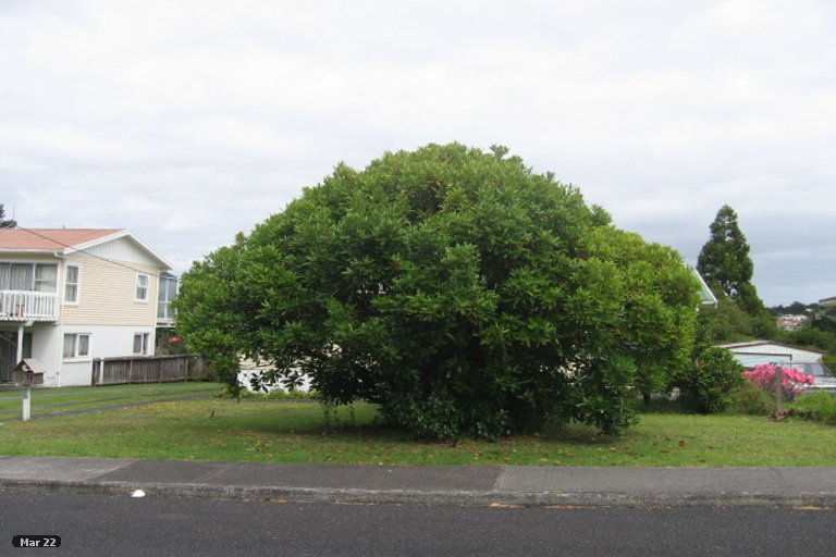 Property photo for 2/12 Sunnyfield Crescent, Glenfield, Auckland, 0629