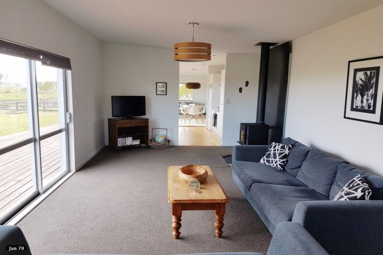 Property photo for 4 Elley Drive, Carters Beach, Westport, 7825