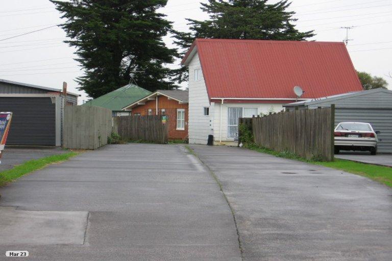 Property photo for 2/14 Aurea Avenue, Pakuranga, Auckland, 2010