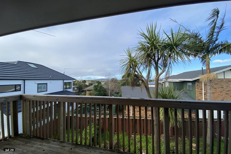 Property photo for 2/22 Tui Glen Road, Birkenhead, Auckland, 0626