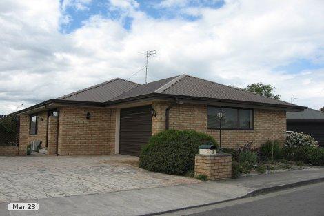 Photo of property in 2 Country Lane Rangiora Waimakariri District