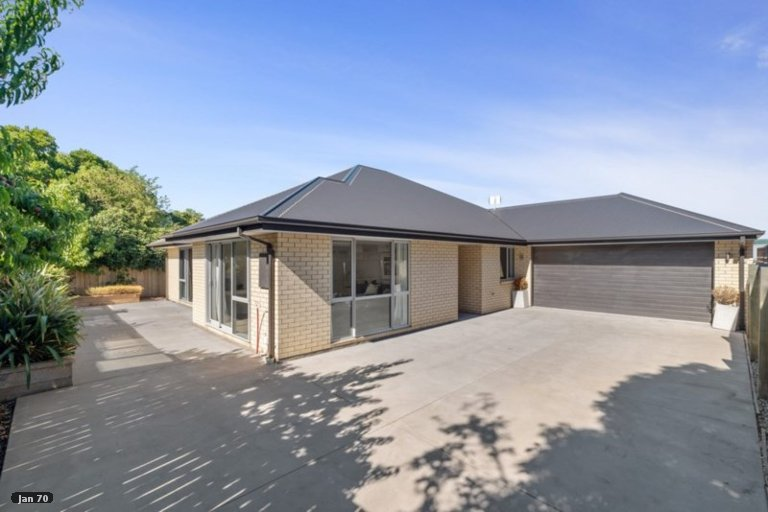Property photo for 14A Charles Street, Carterton, 5713