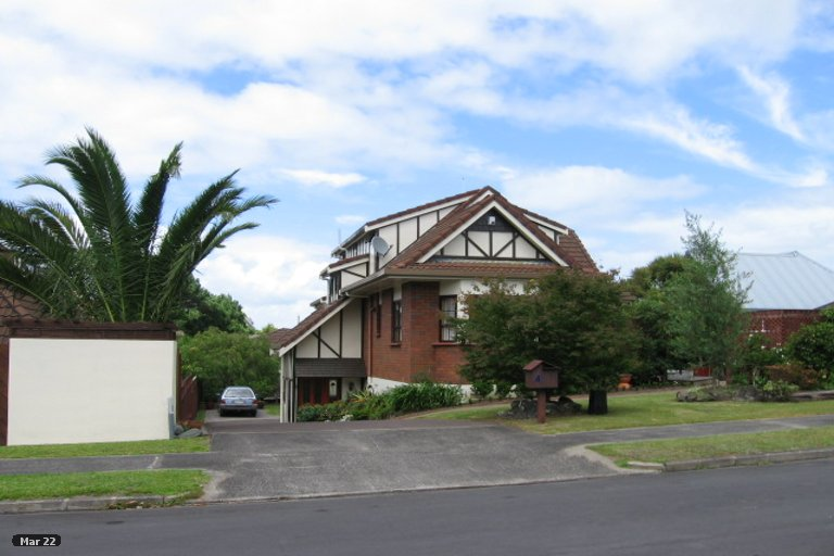 Property photo for 4 Eleanor Place, Blockhouse Bay, Auckland, 0600