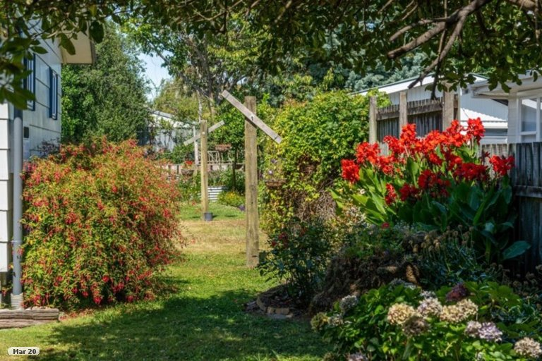 Photo of property in 15 East Street, Greytown, 5712