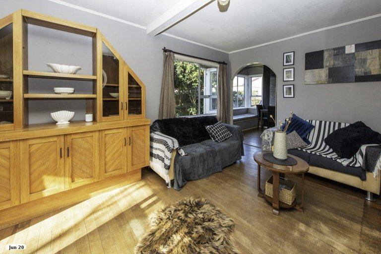 Photo of property in 17 Maranui Street, Welbourn, New Plymouth, 4310
