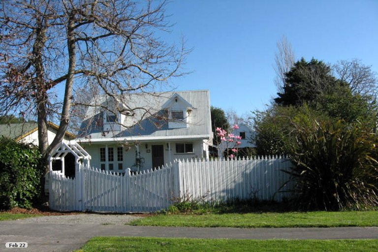 Photo of property in 30 East Street, Greytown, 5712