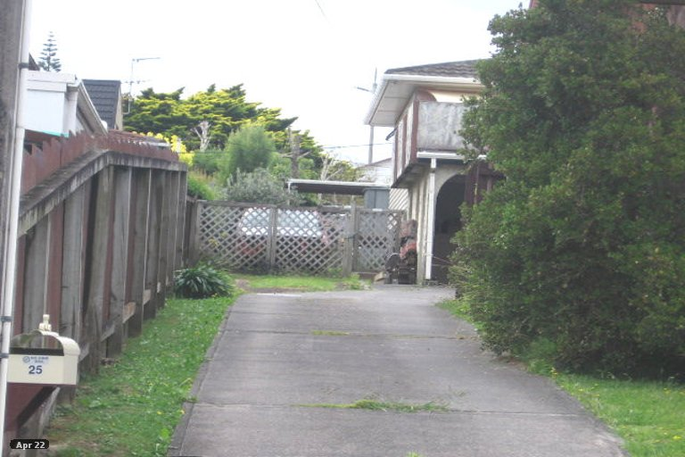 Property photo for 1/25 Sunnyfield Crescent, Glenfield, Auckland, 0629