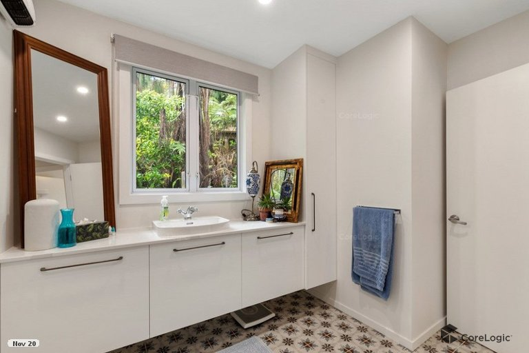 Photo of property in 132 Attwood Road, Paremoremo, Auckland, 0632