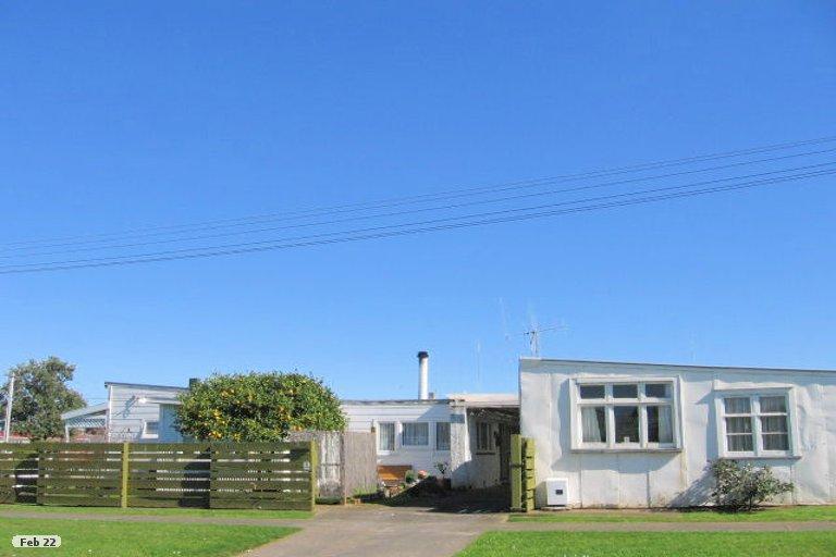 Photo of property in 1 Hetta Street, Foxton, 4814