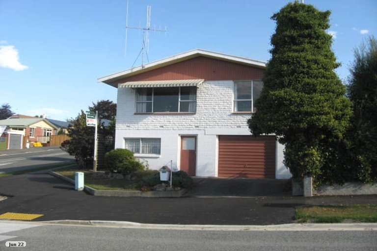 Photo of property in 198 Douglas Street, Highfield, Timaru, 7910