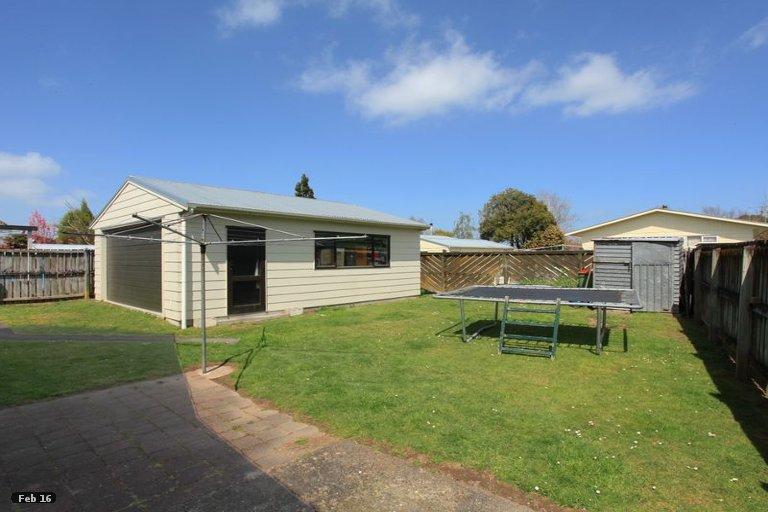 Photo of property in 50 Odlin Crescent, Nawton, Hamilton, 3200