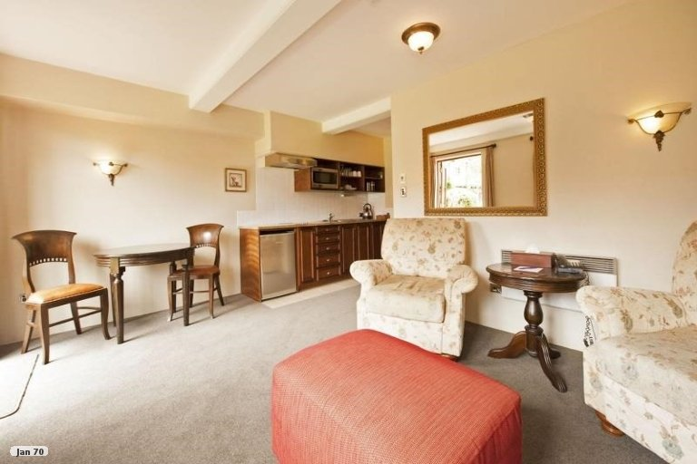 Photo of property in Orchard Cottages, 6 Point Road, Monaco, Nelson, 7011