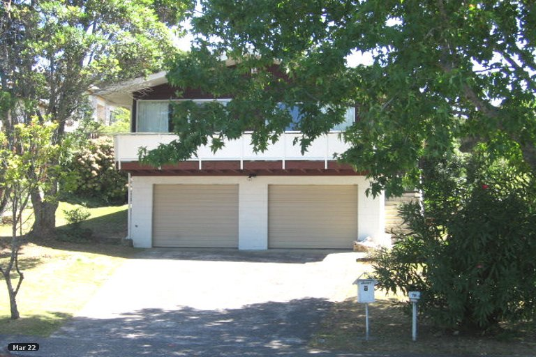 Property photo for 7 Easton Park Parade, Glenfield, Auckland, 0629