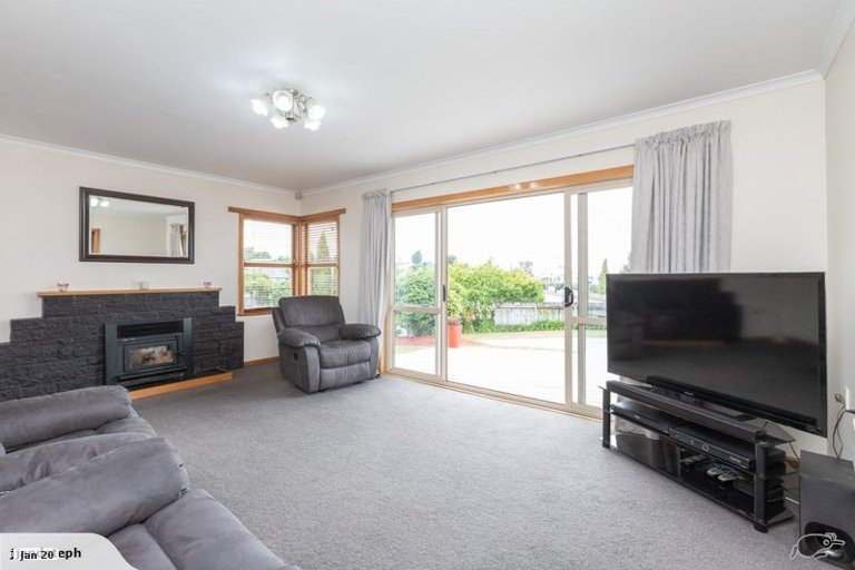 Property photo for 1 Gibson Road, Dinsdale, Hamilton, 3204
