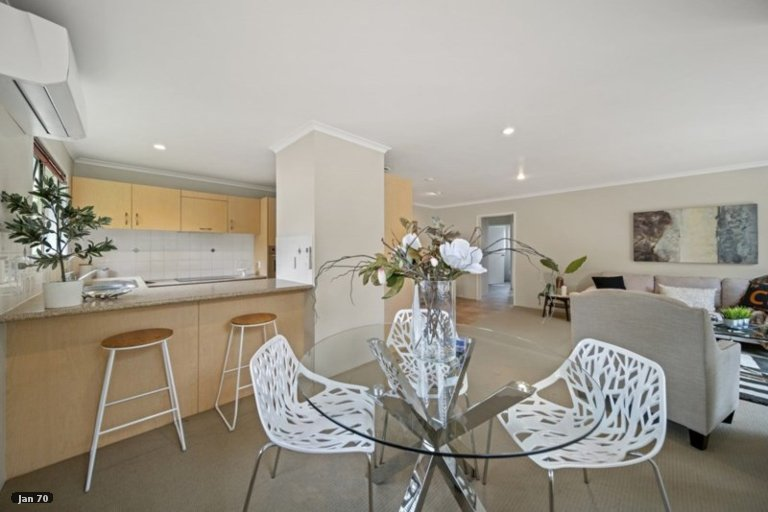 Property photo for 42A Lisa Rise, Half Moon Bay, Auckland, 2012