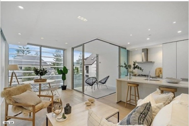 Photo of property in 2/22 Esplanade, Sumner, Christchurch, 8081