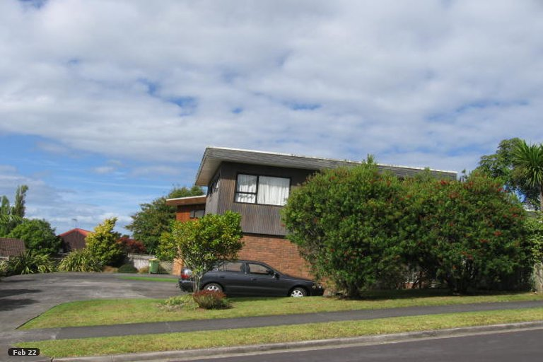 Property photo for 2/2 Carl Place, Unsworth Heights, Auckland, 0632